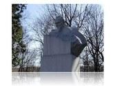 Korolev s statue
